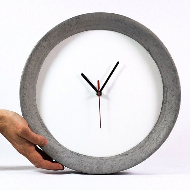 Pachino© Concrete Wall Clock {Pastina, Italian Goodies} #Padgram