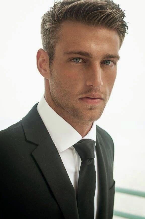MaleModels.us: Suit