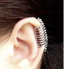 e033 2016 Punk style skull spine earrings no pierced ear clip bone earrings ear cuff  (Free Shipping)