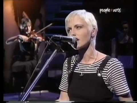 Cranberries - No need to argue, Dreaming my dreams (Later with Jools Holland) - YouTube