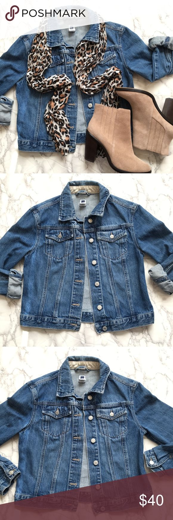 """GAP Factory Outlet Denim Blue Jean Jacket GAP Factory Outlet Denim Blue Jean Jacket   Size Small  Great condition, perfect for Fall  Measurements taken while laying flat: 18"""" armpit to armpit 20"""" length 18"""" waist GAP Jackets & Coats Jean Jackets"""