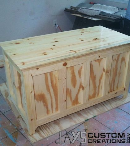 I have built several blanket chests before but they have all been pocket hole construction. And just for the sake of changing things up a bit I decided to change up the design but try to maintain m…