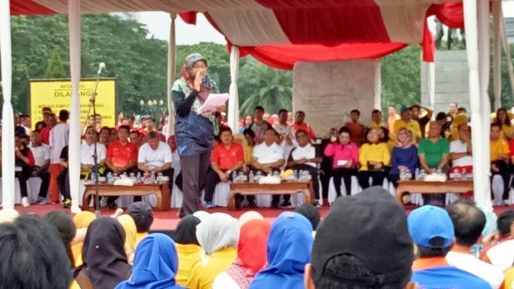Dalam kesempatan itu juga, Sumarsono menyampaikan salam perpisahan kepada seluruh pegawai, sebab, 11 Februari mendatang dia akan menyerahkan jabatan Gubernur DKI Jakarata kepada Gubernur DKI Jakarta yang sudah selesai masa cutinya.