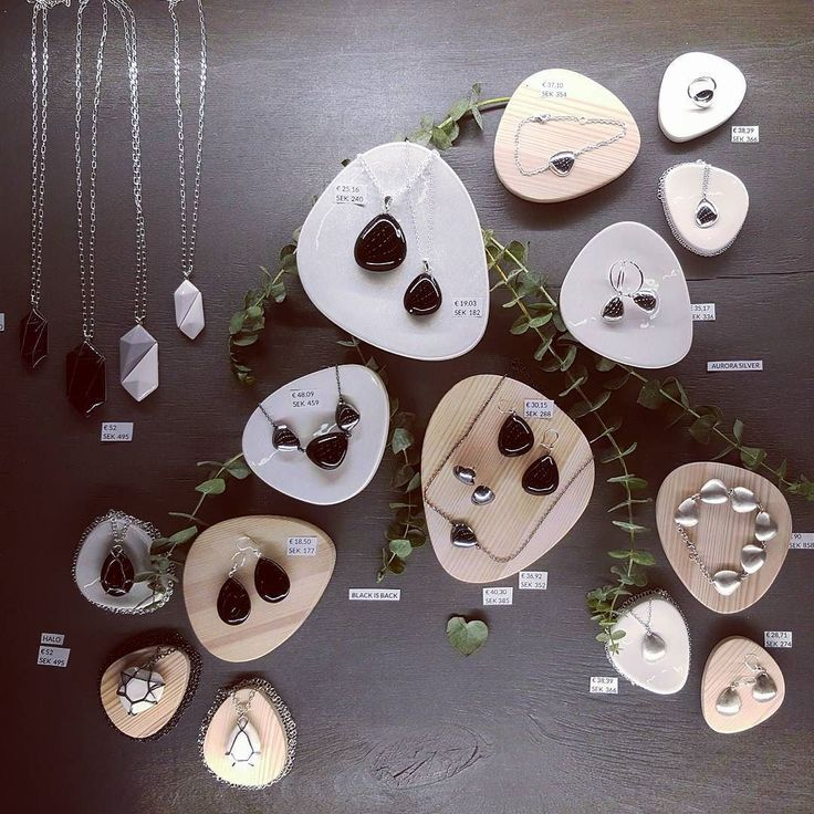 We are redy! @formex.se at stand @jewelleryformfinland B13:31 #smycken #formex #stockholm #örhängen #silversmycken #silverjewelry #attidude #fair #herewego #getready #ceramicjewelry #fashionjewelry