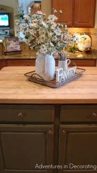 Arrangement for island or kitchen table