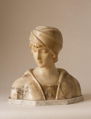 Busto de dama , Art Noveau, en marmol