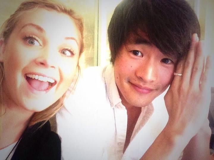 """I found him!!"" Eliza Taylor (Clarke Griffin) & Christopher Larkin (Monty Green) II The 100"