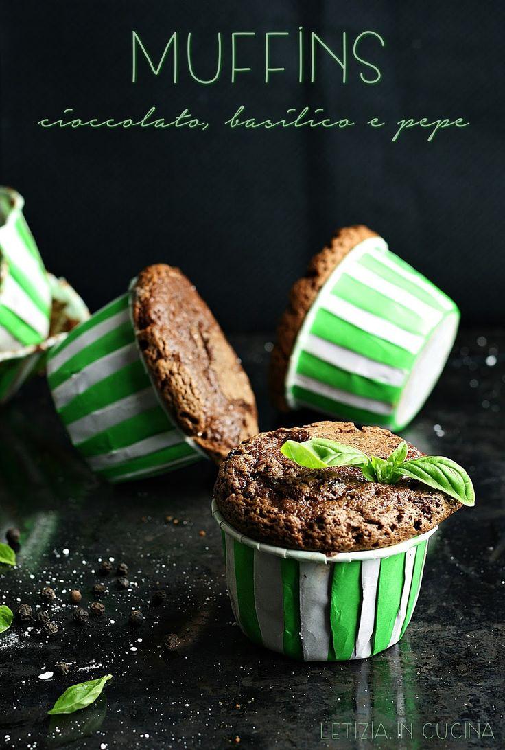 Letizia in Cucina: Muffins con cioccolato, basilico e pepe