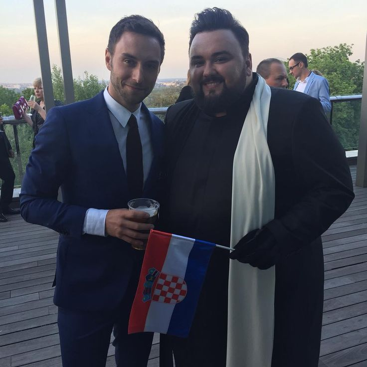 "JACQUES HOUDEK (@jacques_houdek) auf Instagram: ""MY FRIEND ❤️ Mans Zelmerlow @eurovision winner 2015 #voteforcroatia @manszelmerlow"""