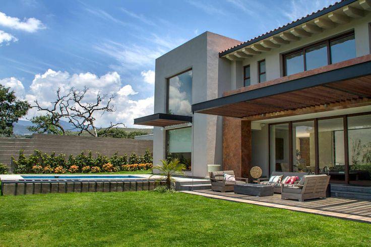 Casa 4 Puntos / Club de Golf BR: Jardines de estilo moderno por Maz Arquitectos