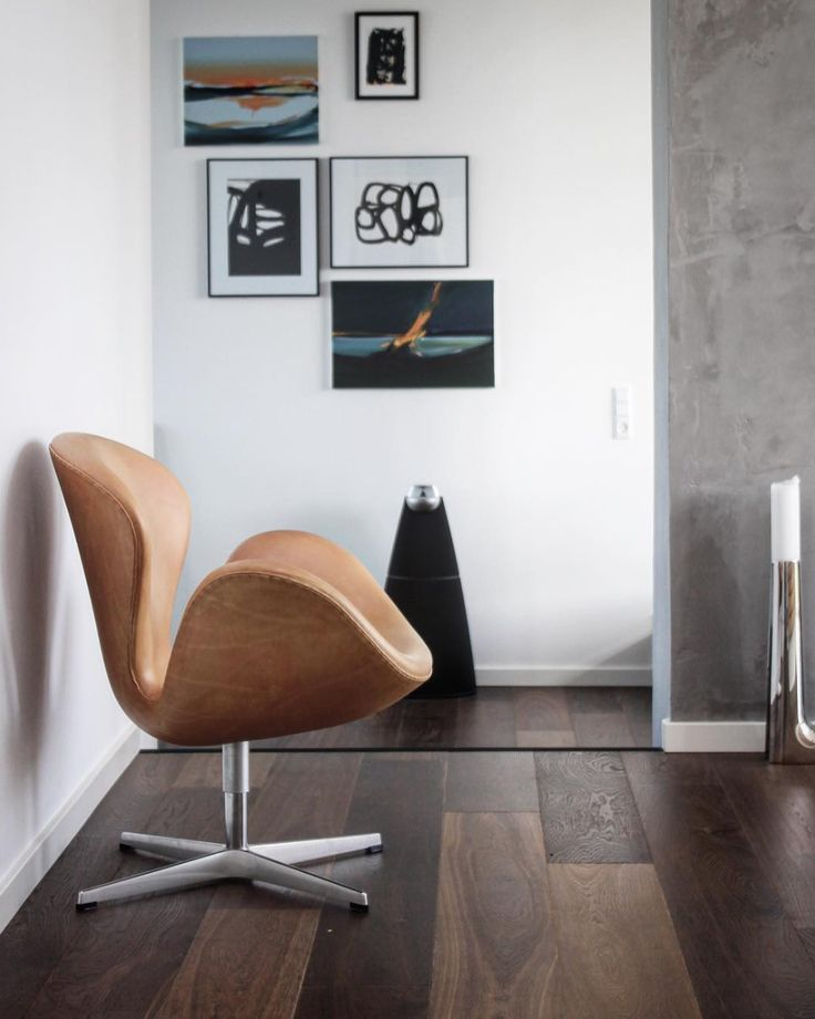 Danish Design at its best with Bang & Olufsen and Arne Jacobsen! Thank You Jesper Klintdrup Poulsen for sharing your interior picture on Instagram.