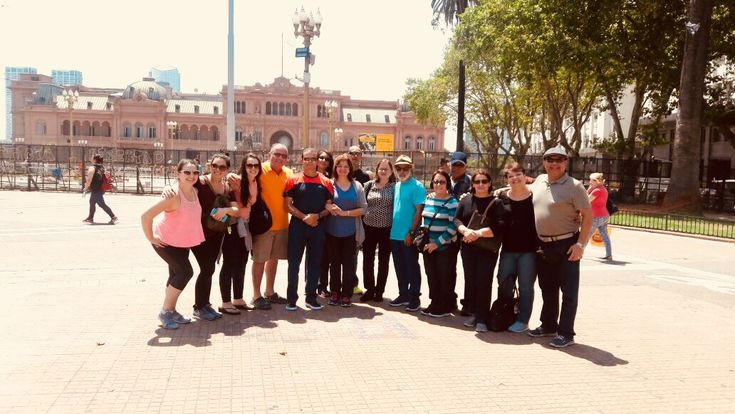 We welcome our group of 15 travelers just arrived from Puerto Rico! It looks like they have spent a great day yesterday during their tour around Buenos Aires! We wish them a wonderful journey around Iguazu, Calafate, Ushuaia and Bariloche! Would you like a similar trip for you? Visit our website! #travelers #journey #voyage #tour #BuenosAires #city #Argentina #travelexperience #acrossargentina