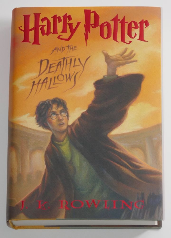 Harry Potter And The Deathly Hallows By J K Rowling 2007 Signed 1st Edition Textbook Deathly Hallows Book Harry Potter 07 Harry Potter Books