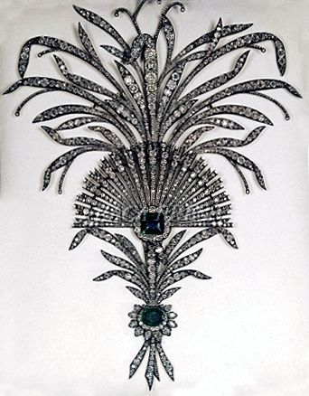 A diamond, emerald, and silver aigrette, which was part of the Imperial Crown Jewels of Iran.