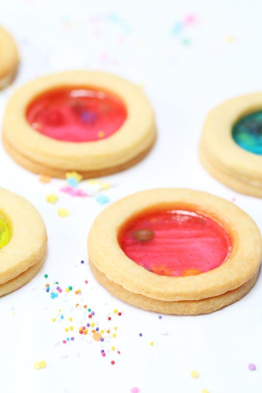 galletas de vidrios de colores (receta)https://www.buzzfeed.com/yuitakahashi/shaka2-cookies?utm_term=.gpZaPgJQy#.vlXlDmJg7