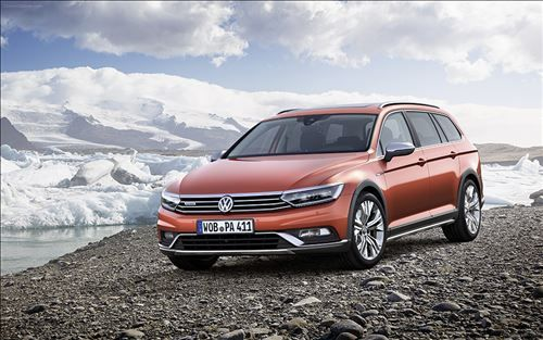 Volkswagen Passat Alltrack 2016 offers plenty of cargo space and exceptional off-road capabilities for a better ride. Check its review to learn more.
