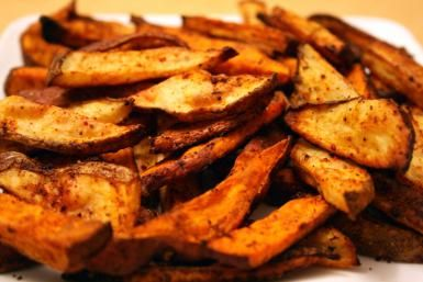 Sauteed sweet potatoes - Sauteed sweet potatoes photo by Carrie Ann Castillo / Getty Images