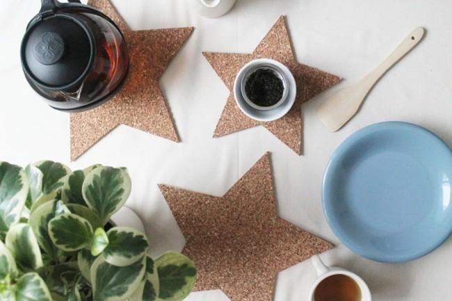 posa-vasos de corcho en forma de estrella