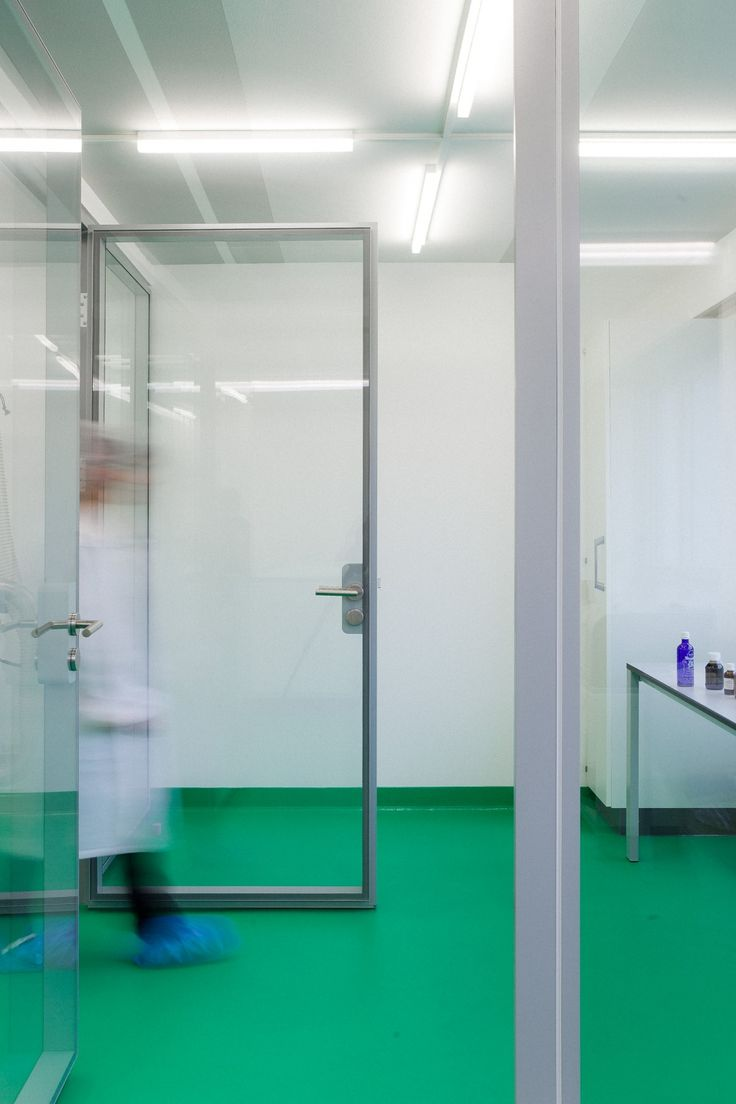 Laboratoire von Roten, un laboratoire pharmaceutique - GayMenzel