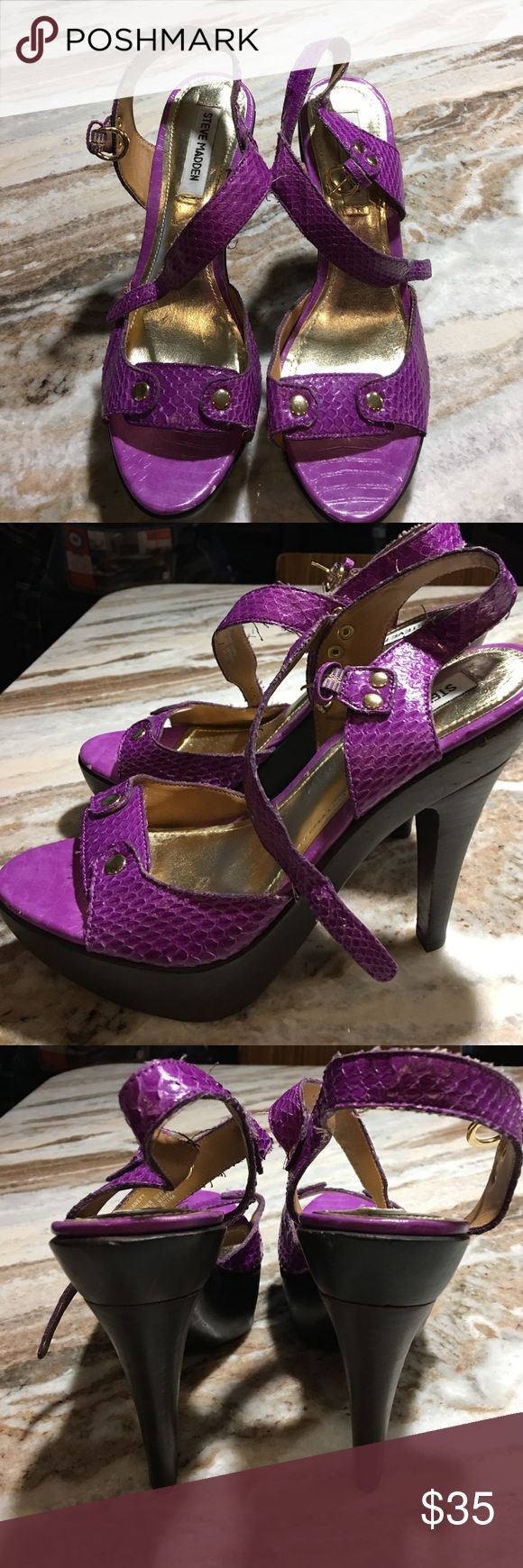 """Steve Madden heels size 8 I have for sale a brand new pair of Steve Madden shoes- size 8. They are new, never used but have been damaged from being in the closet. The front of the shoes have small scuffs to the purple part- see Picts. Also, some areas have thread """"shedding off"""" - needs to be trimmed. Steve Madden Shoes Heels"""