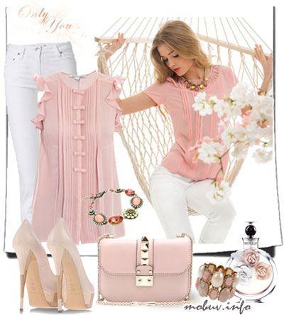 Нежность розового цвета - идеальный выбор для наряда на романтическую встречу или свидание. Свободная шифоновая блуза без рукавов нежно-розового цвета будет идеально смотреться в паре с узкими белыми брюками или юбкой. Открытые туфли на высоком каблуке, элегантная сумочка и украшения в тон блузке ненавязчиво дополняют и собирают образ.