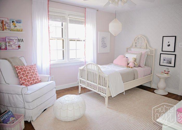 Light and dreamy girl's room via Pawleys Island Posh.
