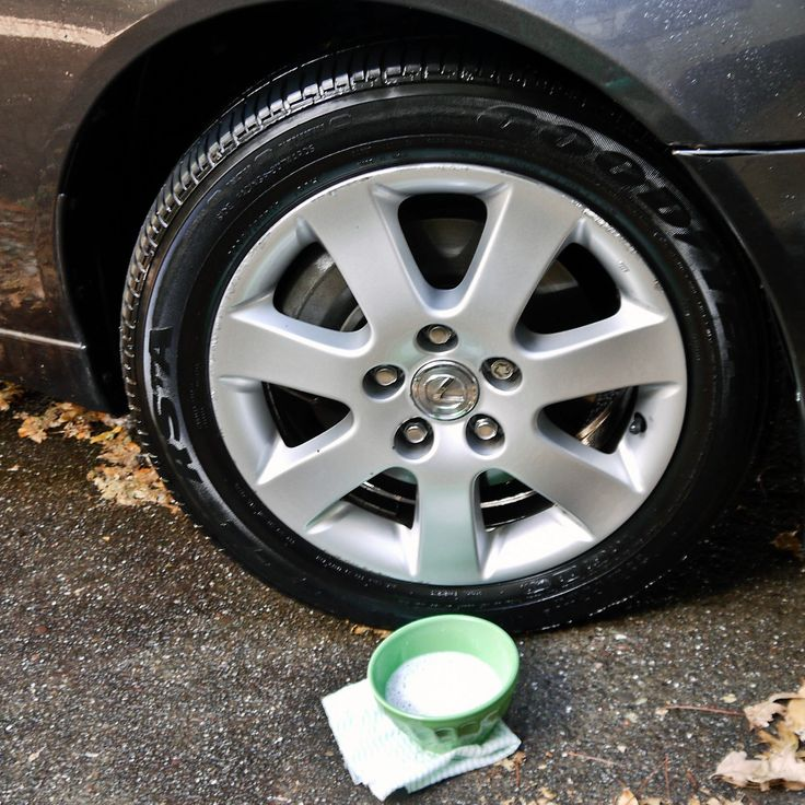 Simply mix one-half cup baking soda, one tablespoon dish soap, and two cups warm water in a small bowl. Use a soft sponge or towel to wash and gently scrub the tires and hubcaps. Spray with water and your car is ready for road tripping.
