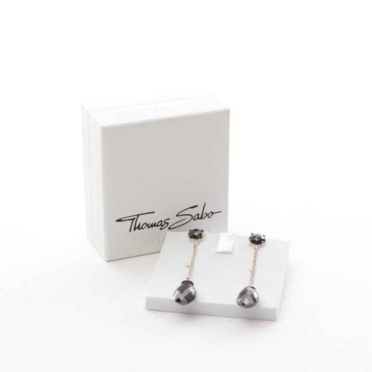 Funkelnde Ohrringe von Thomas Sabo in Schwarz