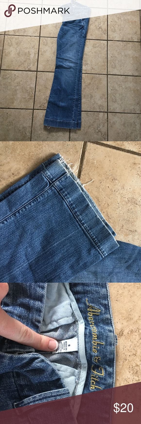 Abercrombie & Fitch trouser style jeans. Super cute Abercrombie & Fitch trouser style jeans with light fraying (see pic) in good used condition. Abercrombie & Fitch Jeans Flare & Wide Leg
