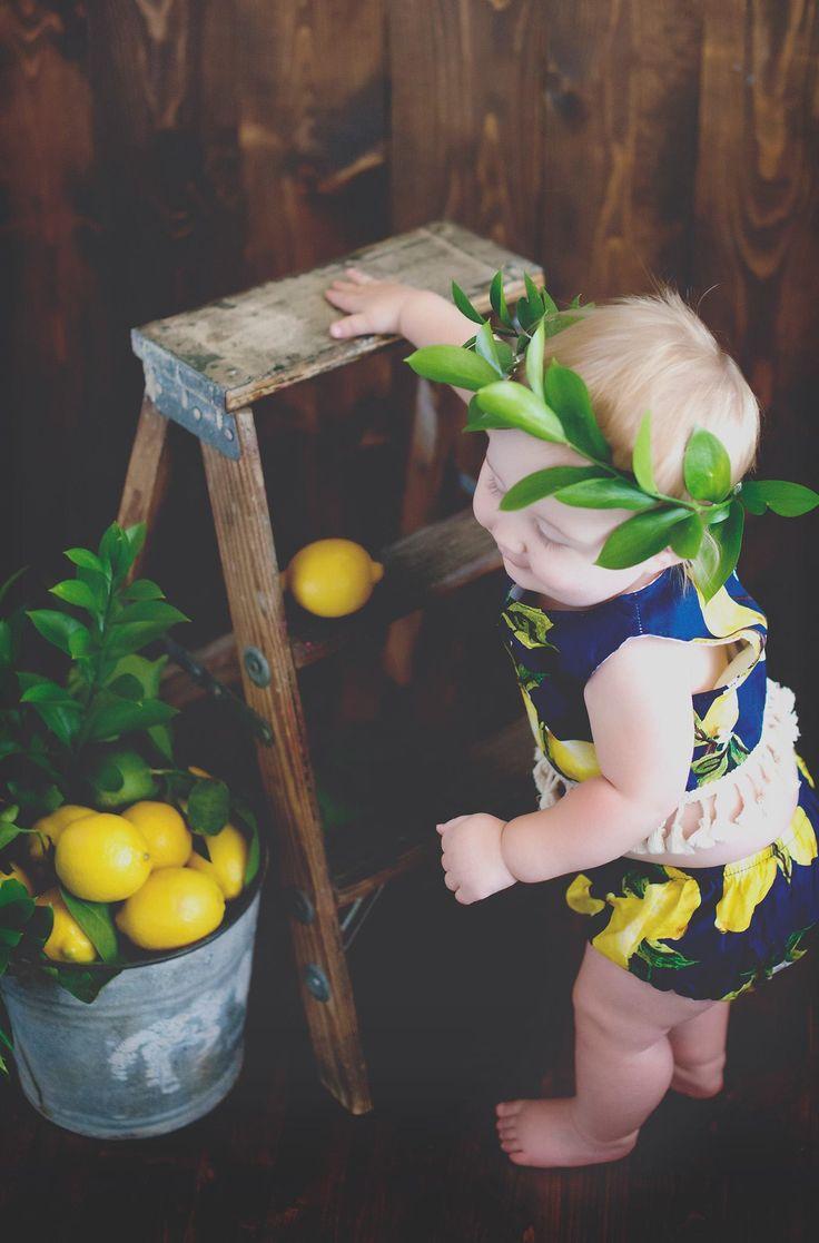 Lemon Print - Baby Lemon Bloomers - Lemon Bloomer Set - Summer Photography Prop - Lemonade Stand Photography - Summer Cake Smash - Summer First Birthday