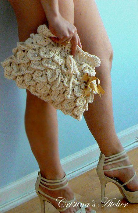 Adorable crochet purse-Off white boho petals clutch Summer crochet bag Elegant handbag-Mermaid purse Handmade wedding bag