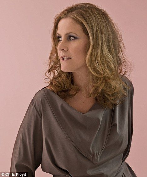 Alison Moyet - awesome, rip-your-heart-out voice!