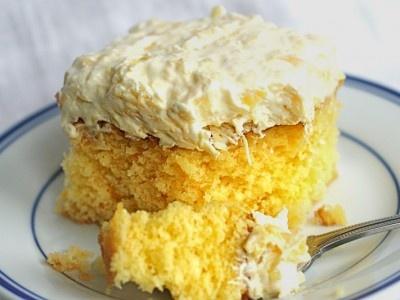 Aloha Cake! - Yellow cake mix, mandarin oranges, coconut pudding, pineapple and coconut! Love Pioneer Woman