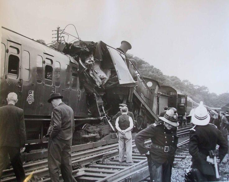 maze-hill-train-crash-GHC-low.jpg 2,841×2,267 pixels