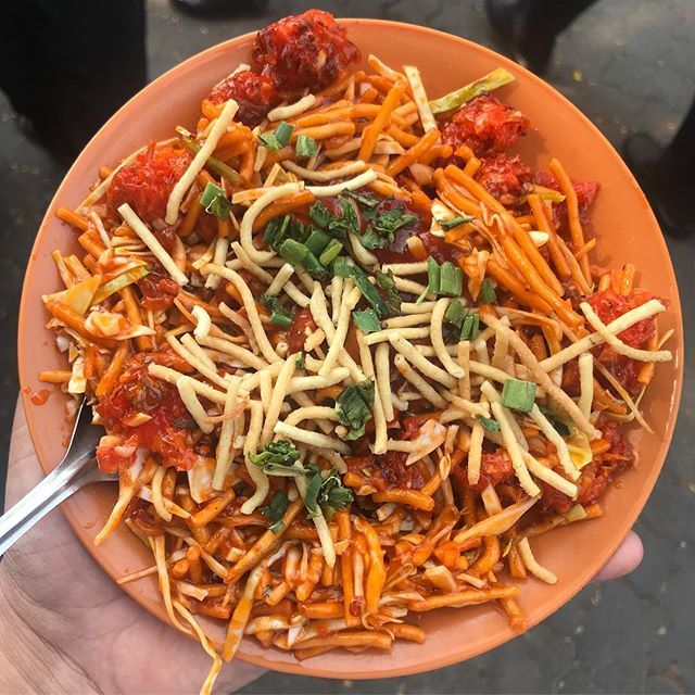 Chinese Bhel Dont Try This One Near Mindspace Malad It Is Super Oily And Tasteless Costs Indian Food Recipes Vegetarian Chinese Bhel Indian Food Recipes