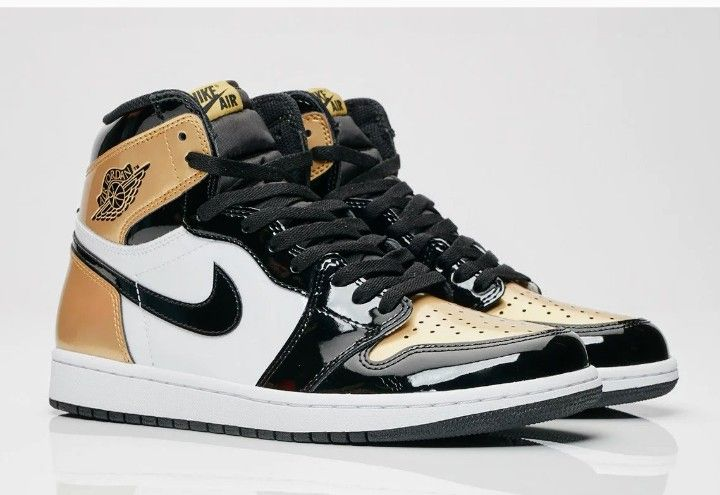 Air Jordan retro 1 gold toe | Sneakers