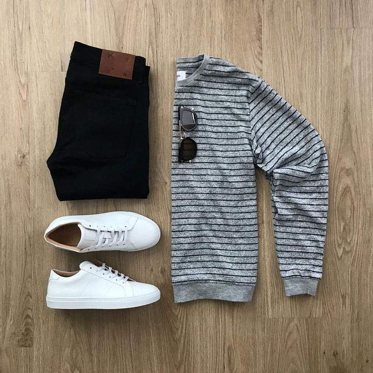 Casual weekend vibes. Rate this outfit 1-10 below ⤵️ Sweate