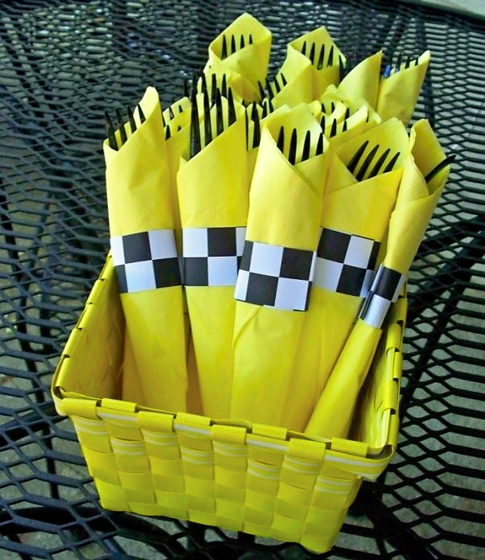 taxi themed napkins