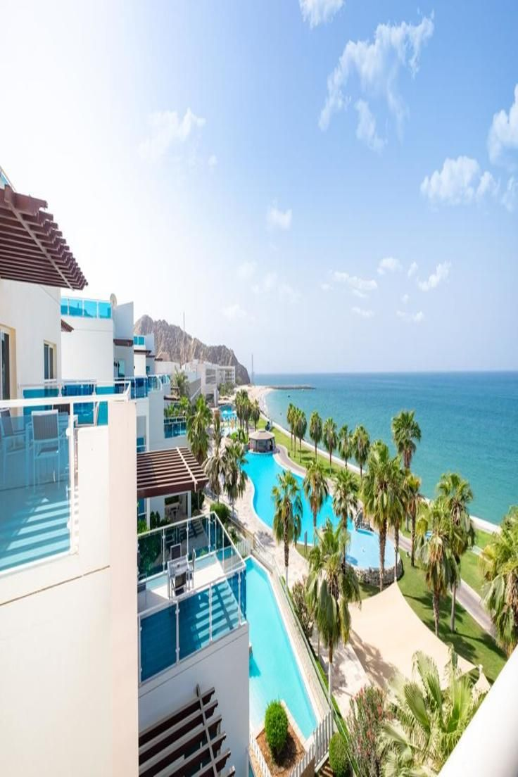 The Newly Renovated Radisson Blu Fujairah Is A 5 Star Hotel Which
