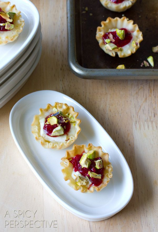 Tiny little bites of baked brie, make a simple and alluring party snack that everyone will love!