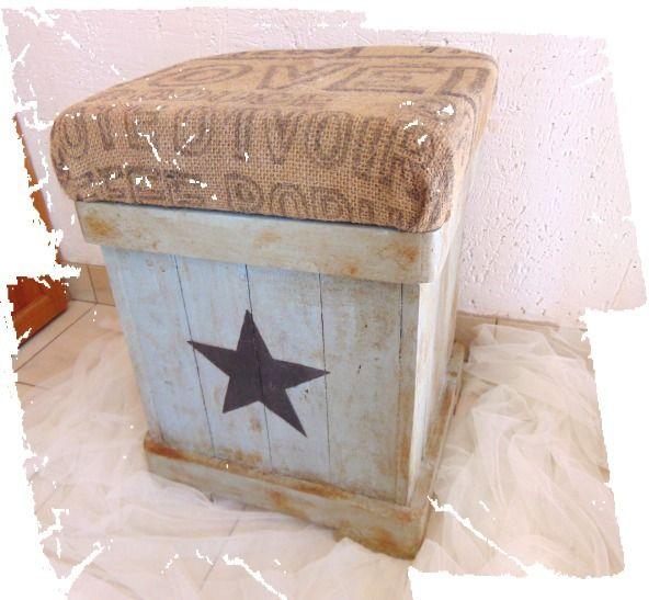 Pouf, repose-pieds en bois et toile de jute, de style industriel : Meubles et rangements par pleasant-home