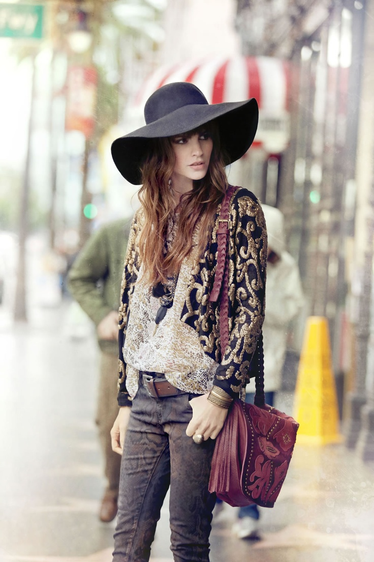 Perfection! A Beautiful Boho ensemble topped off with a Large Brim Floppy Felt Hat <3