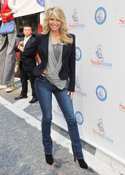 Christie Brinkley- 2012 World Smile Day. Lord help me look this good when I'm this age. Please! Love her hair...