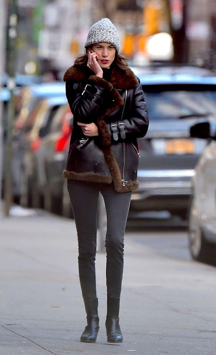 New York - November 22 2016 Alexa Chung