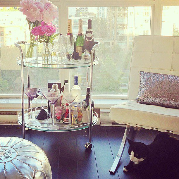 Love the table, silver poof & chair