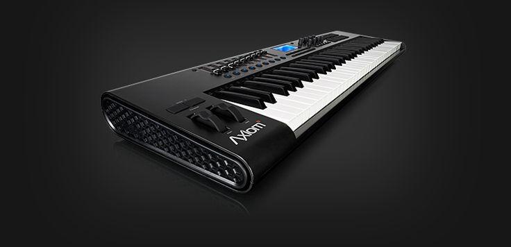 M-AUDIO - Axiom 61 - Advanced 61-Key Semi-Weighted USB MIDI Controller