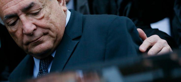"""Dominique Strauss-Kahn à Lille, le 11 février 2015. Fabien Jannic-Cherbonnel 16 feb. 2015 """"des questions du viol aux accusations de proxenetisme"""" Slate"""