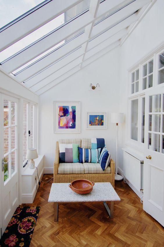 46 Smart And Creative Small Sunroom Decor Ideas Small Sunroom