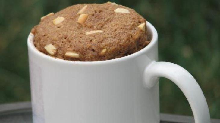 One Minute Flax Muffin:   Recipe: ¼ cup flax seed meal  ½ tsp baking powder  ¼ tsp stevia powder  1 tsp cinnamon  1 egg  1 tsp oil