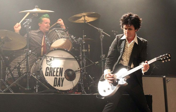 New Rock and Roll Hall of Famer Green Day thrills with marathon show (review, photos) | cleveland.com